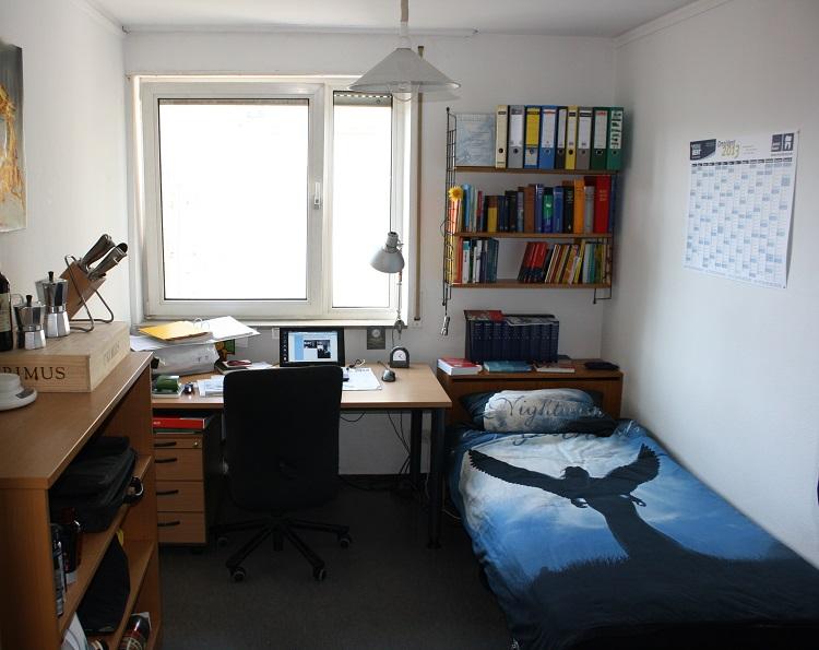 Zimmer karl heim haus for Studentenzimmer einrichten tipps